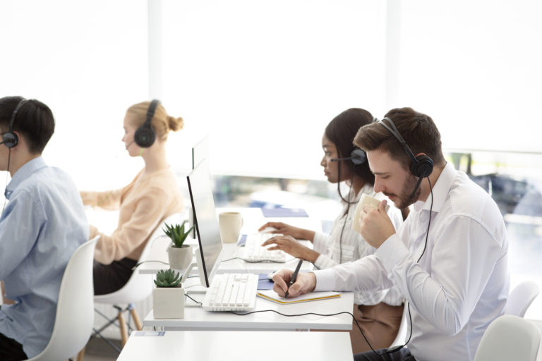Why Your Employees Need Training in the Use of Office Technologies